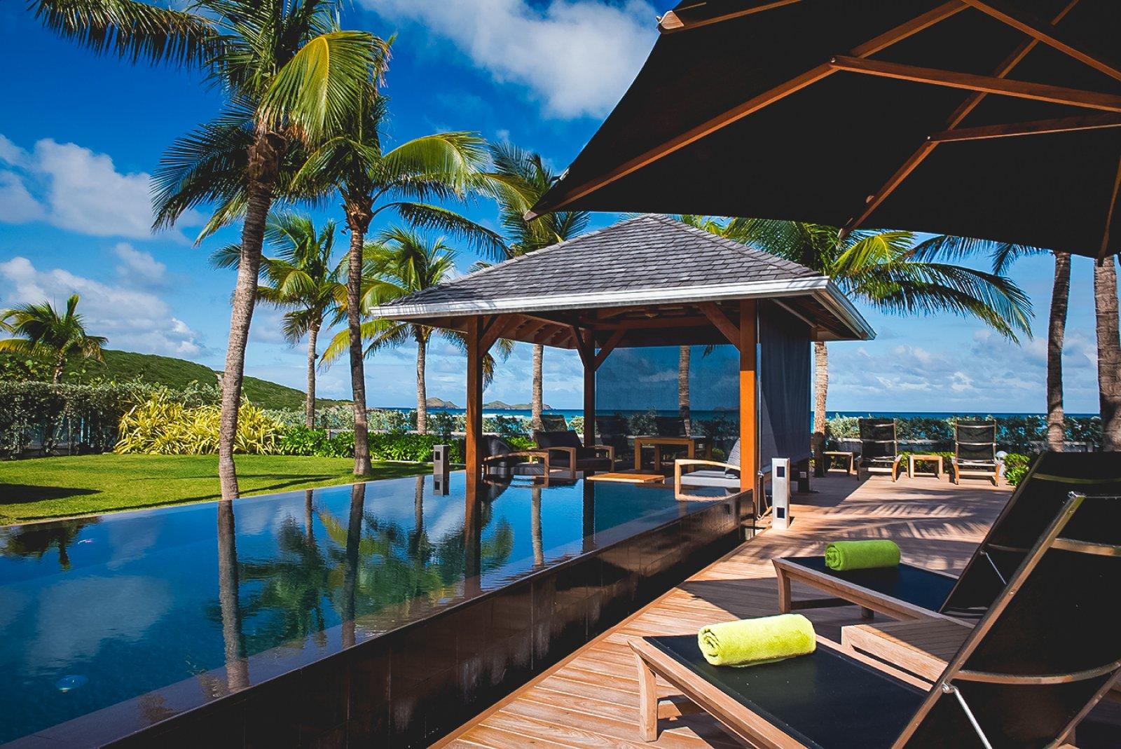 st_barts_beachfront_villa_caribbean_02